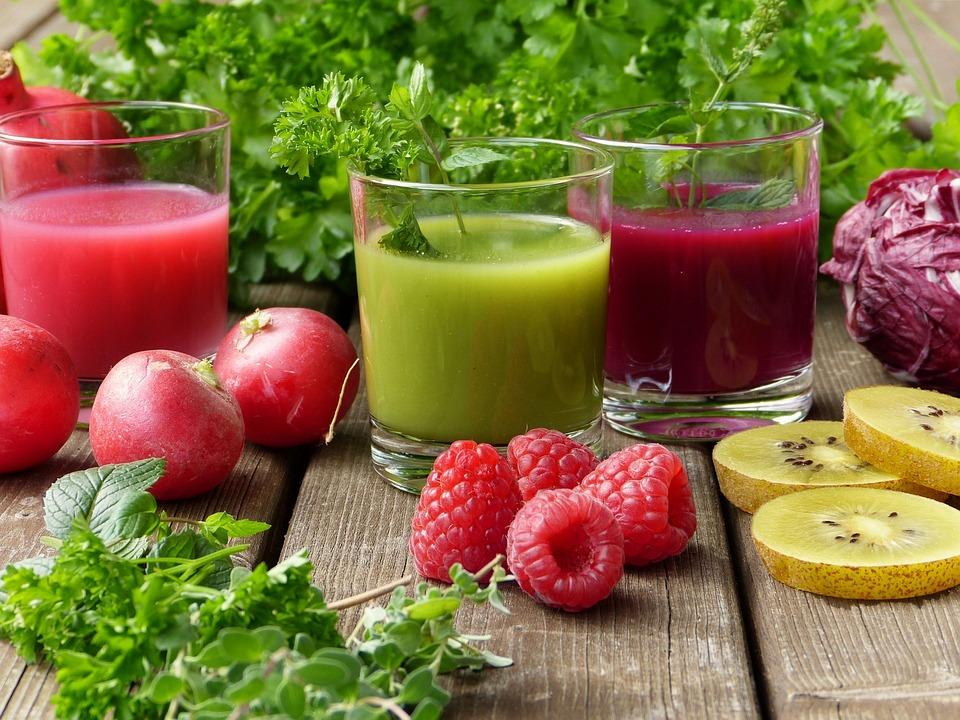 świeży sok owocowy